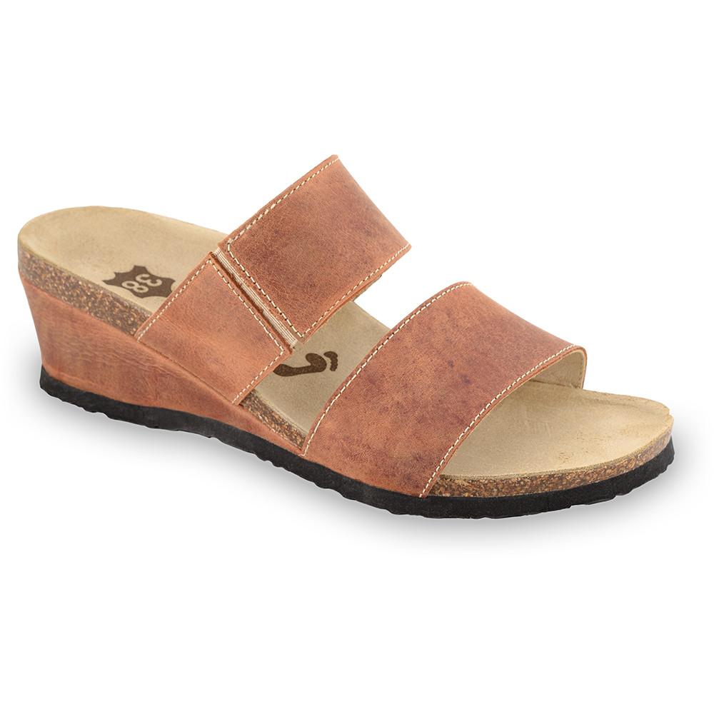 NATASHA Kožené dámske papuče (36-42) - svetlohnedá, 41